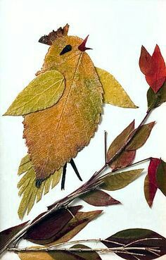 Creative Leaf Animal Art Relaxwoman is part of Pressed flower art - Are the leaves of the trees in front of your house starting to change color and fall It's one of the signs to show that Autumn is coming Art Et Nature, Nature Crafts, Leaf Crafts, Fall Crafts, Land Art, Art Floral, Dry Leaf Art, Leaf Animals, Pressed Flower Art