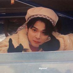 Kpop Boy, Jaehyun, Yoshi, Cute Boys, Boy Or Girl, Korea, Icons, Random, Outfits