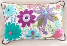 embroidery that inspires Mexican Embroidery, Crewel Embroidery, Hand Embroidery Patterns, Cross Stitch Embroidery, Embroidery Designs, Needlepoint, Needlework, Weaving, Quilts