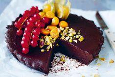 Hormone-Balancing Raw Chocolate Cake Recipe - mindbodygreen