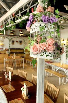 Le Jardin Des Fleurs  Vintage Garden Metal Market Stall Flower Planter 3 Colours