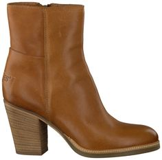 Shabbies ankle boots Ankle Boots, Walking, My Style, Shoes, Fashion, Ankle Booties, Moda, Zapatos, Shoes Outlet