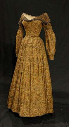 Printed muslin dress, 1836-1838 (fabric 1790-1818). This dress was made using fabric from an earlier dress. Bowes Museum, County Durham, England.