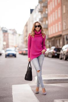 Knitted sweater from IvyRevel // jeans from BikBok // shoes from Jennie-Ellen // Prada sunglasses // Céline bag