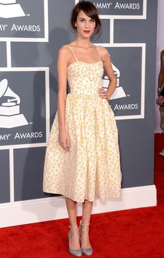 Estampado primaveral - Alexa Chung - Grammy 2013