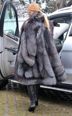 NEW Swinger Royal Saga Silver FOX FUR Coat LIK Sable Mink Chinchilla Lynx Poncho   eBay