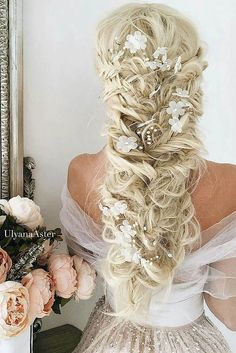 36 Braided Wedding Hair Ideas You Will Love ❤ See more: http://www.weddingforward.com/braided-wedding-hair/ #weddings #hairstyles