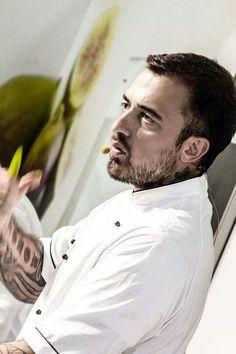Più lo guardo più me ne innamoro.. Chef Rubio..