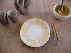 Ceramic plate by Makoto Kagoshima