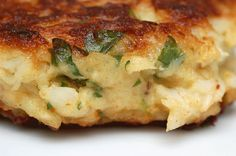 This looks sooo yummy! Sugar & Spice by Celeste: Crazy-Good Crab Cakes!