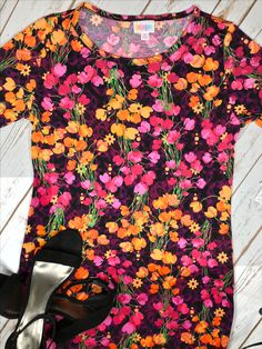 Sexy LuLaRoe Julia dress available in my group.  #lularoe #lularoejulia #floraldress #datenight #dress