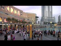 Explore The Dubai Mall Walk Dubai Shopping, Dubai Mall, Shopping Malls, Places To Travel, Places To Visit, Dubai Tour, Visit Dubai, Dubai Travel, Going On Holiday