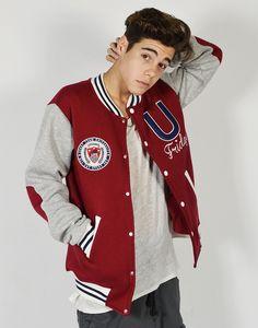 low priced 73563 21e14 Beisbolera universitaria roja y gris con cuello y puños ribeteados 100%  algodón y bordados de