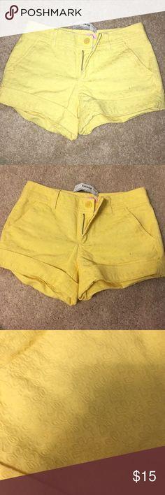 Lilly Pulitzer shorts Yellow pattern, brand new with tags Lilly Pulitzer Shorts