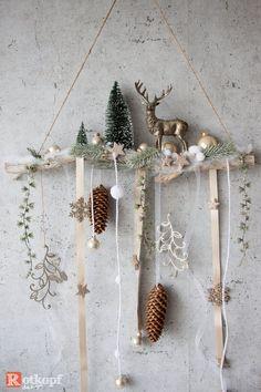 Natural Christmas, Noel Christmas, Christmas Wreaths, Decor Crafts, Diy And Crafts, Christmas Crafts, Christmas Window Decorations, Scandinavian Christmas, Christmas Inspiration