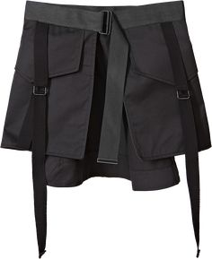 Womenson is renowned for cargo-inspired tailoring, and this little apron skirt wears their signature tab- and cargo-treatment . Stage Outfits, Skirt Outfits, Minimal Fashion, Urban Fashion, Skirt Fashion, Fashion Outfits, Womens Fashion, Outfit Maker, Hipster Outfits