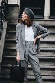 One of the trends I am really liking this season and I was very excited to try, is wearing a suit with trainers, in a very casual way! Wearing a suit with trainers, dressing it down and make it wearable for the every day life. Not just office life anymore! We've been wearing blazers, since a …