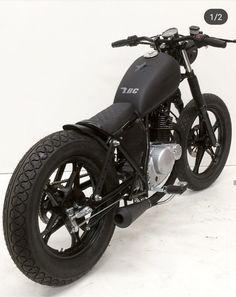 Bobber Bikes, Bobber Motorcycle, Bobber Chopper, Moto Bike, Cool Motorcycles, Motorcycle Design, Suzuki Cafe Racer, Cafe Racer Bikes, Custom Bobber