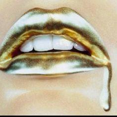golden lips.