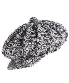 97c16301bc664 By Mariza Crochet Designer  BOINAS E CHAPÉUS ... ESTÃO SEMPRE NA MODA  PRINCIPALMENTE NO INVERNO. DAR LHE MÃOZINHAS E...... CABECINHAS !!! BJUS  MARIZA