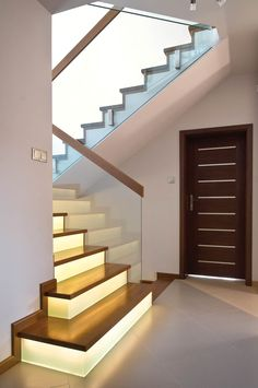 P60-01 Home Stairs Design, House Design, Building Stairs, Stair Case, Banisters, House Stairs, Interior Paint, Stairways, My Dream Home
