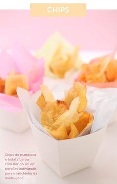 Casamento buffet - canapés chips (Buffet: Zest | Foto: Rogerio Voltan)