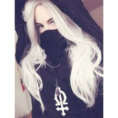 girl with white long hair Cute Emo Girls, Hipster Girls, Goth Girls, Mode Punk, K Fashion, Scene Girls, Girly, Aesthetic Girl, Mode Outfits