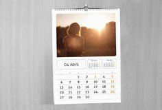 Plantilla premium calendario de pared wireo                              …