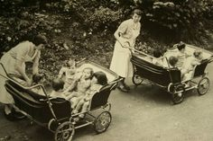 so this is how they transported multiple children back in the day/ good lord ,flat space not potholes. Pram Stroller, Baby Strollers, Bassinet, Vintage Children Photos, Children Pictures, Vintage Photos, Vintage Pram, Prams And Pushchairs, Dolls Prams