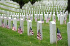 """Mandatory reading on Memorial Day . """"Sacred Duty: A Soldier's Tour at Arlington National Cemetery"""" : The_Donald Memorial Day Quotes, Happy Memorial Day, Miami, Remember The Fallen, National Cemetery, National Holidays, Free Things To Do, Veterans Day, World War Ii"""