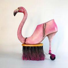 Si Dali avait créé des chaussures, ça aurait ressemblé à ça #Surréalisme
