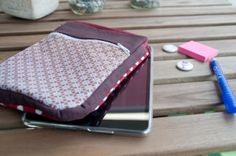 iPad mini pouch with a front pocket. Protection and organisation for my precious! My Precious, Ipad Mini, Wordpress, Lunch Box, Quilting, Fabrics, Pouch, Pocket, Organisation