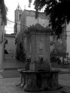 Plaça del Pou - Vilanova i la Geltrú (Penedès) (Catalunya) (España) (Europa)