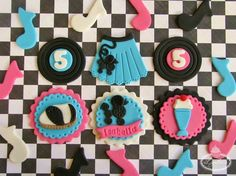 Top of the Cupcake to You: Top Tips for Making Cupcake Toppers