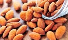 Protein-Rich Diet: Healthy seeds have become a rage in the world of health and nutrition.Here are 5 protein-rich nuts and seeds that you may add to your diet for healthy weight loss High Protein Foods List, Protein Rich Diet, Best Protein, High Protein Recipes, Soaked Almonds, Raw Almonds, Healthy Seeds, Edamame, Black Beans