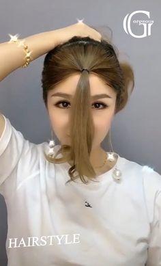 Hair Tutorials For Medium Hair, Cute Hairstyles For Medium Hair, Easy Hairstyles For Medium Hair, Simple Hairstyle For Saree, Super Easy Hairstyles, Medium Thin Hair, Long Thin Hair, Medium Hair Styles, Easy College Hairstyles