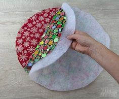 How to make fabric baskets for various uses - # Patch Quilt, Quilt Blocks, Fabric Crafts, Sewing Crafts, Quilt Patterns, Sewing Patterns, Creation Couture, Love Sewing, Sewing Projects For Beginners