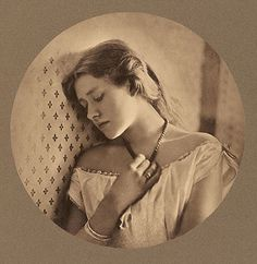 Best of the Best: Julia Margaret Cameron (http://www.lomography.com/magazine/lifestyle/2011/03/22/best-of-the-best-julia-margaret-cameron)