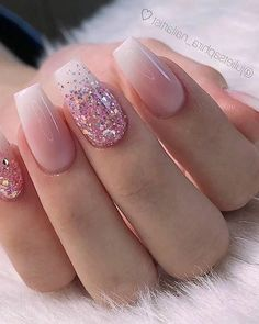 28 Charming Nails For When You Have Nothing to Try 2019 dipglitternails luxury nails - tj nails - style - model - pic Glitter Nailsnailsvibez By julietsaphira nailartist source fashion b 8 White Acrylic Nails, Summer Acrylic Nails, Best Acrylic Nails, Spring Nails, Summer Nails, White Nails With Glitter, Acrylic Nail Designs Glitter, Pink White Nails, Pink Ombre Nails