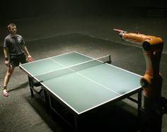 Quand l'un des meilleurs joueurs de Tennis de Table du monde affronte un robot  !