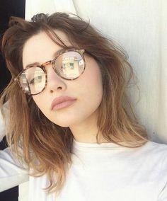 girl, glasses, and icon image Glasses For Round Faces, Girls With Glasses, Eyeglasses For Women Round Face, Girl Glasses, Glasses Style, Glasses Outfit, Fashion Eye Glasses, Glasses Frames Trendy, Glasses Trends
