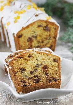 Sponge cake with nuts and raisins. Brownie Cookies, Cookie Bars, Chocolate Chip Cookies, Coconut Cookies, Sponge Cake, Food Cakes, Raisin, Christmas Cookies, Banana Bread
