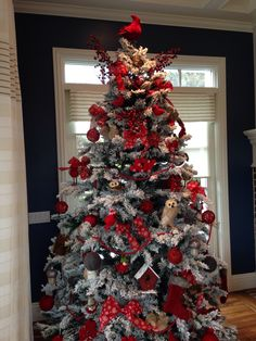 This is similar to my vision, I have a flocked  tree and the woodland animal ornaments
