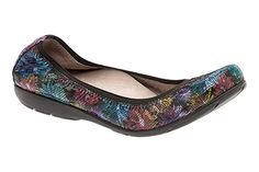Floral print ballerina with built-in orthotic comfort by ABEO!