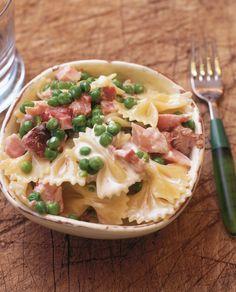 Pasta With Ham, Peas and Cream Ham Peas And Pasta, Ham Pasta, Pasta Dishes, Pasta Food, Ham Recipes, Pasta Recipes, Italian Recipes, Cooking Recipes, Recipe Pasta