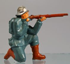 FIGURE OF THE WEEK #74: American Metal (Jones) WWI German. More: http://michtoy-from-the-front.blogspot.com/2015/02/figure-of-week-74-american-metal-jones.html