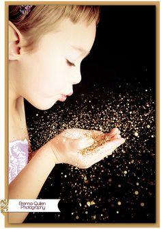 Sparkle Fairy Photo Little girls glitter photo shoot Glitter Photography, Party Photography, Children Photography, Photography Poses, Family Photography, Glitter Photo Shoots, Fairies Photos, Princess Photo, Photo Tips
