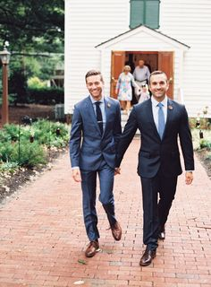 Photography : Graham Terhune | Grooms Attire : J Crew Read More on SMP: http://www.stylemepretty.com/2016/01/05/intimate-elegant-same-sex-fall-wedding-in-north-carolina/