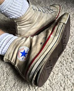 trashed converse hight top