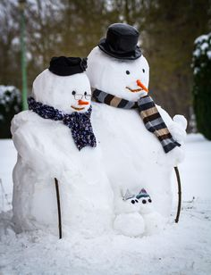 Our lovely snow family - can't wait for some real  snow this year
